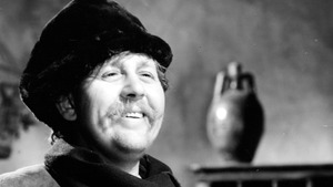 Charles Laughton: Size Matters