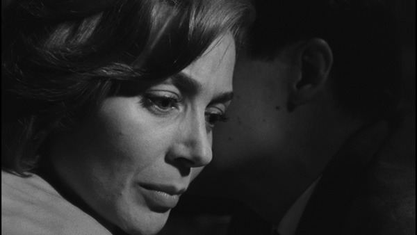Hiroshima mon amour: Time Indefinite