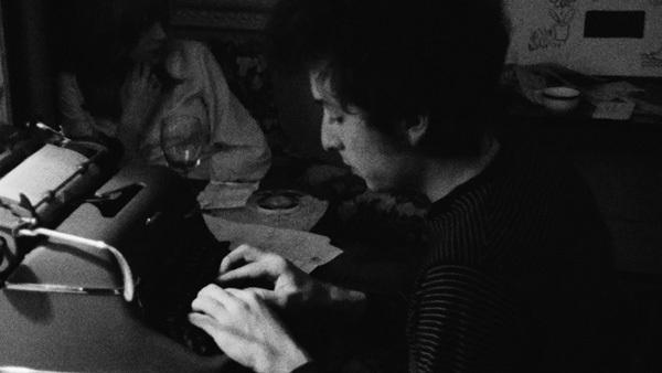 Bob Dylan typing