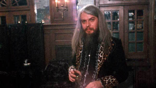 Leon Russell Performs in A Poem Is a Naked Person