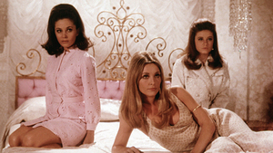 Valley of the Dolls, Back on Shelves