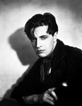 2_ivor_novello_movie_star_3_thumbnail