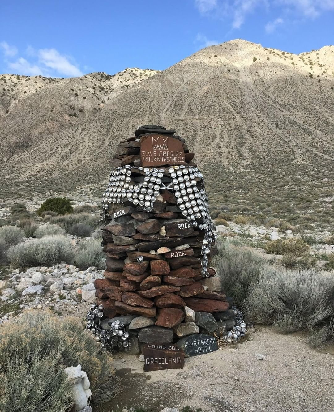 #ElvisLives! Here he is hanging out on #gururoad. We'll be visiting him on April 28 to clean up his #cape and take care of his neighbors. What's your favorite piece of #folkart? #fbrhr #blackrockdesert #elvis #theking #graceland #doobielane #gerlach #northernnevada #burnerbyway