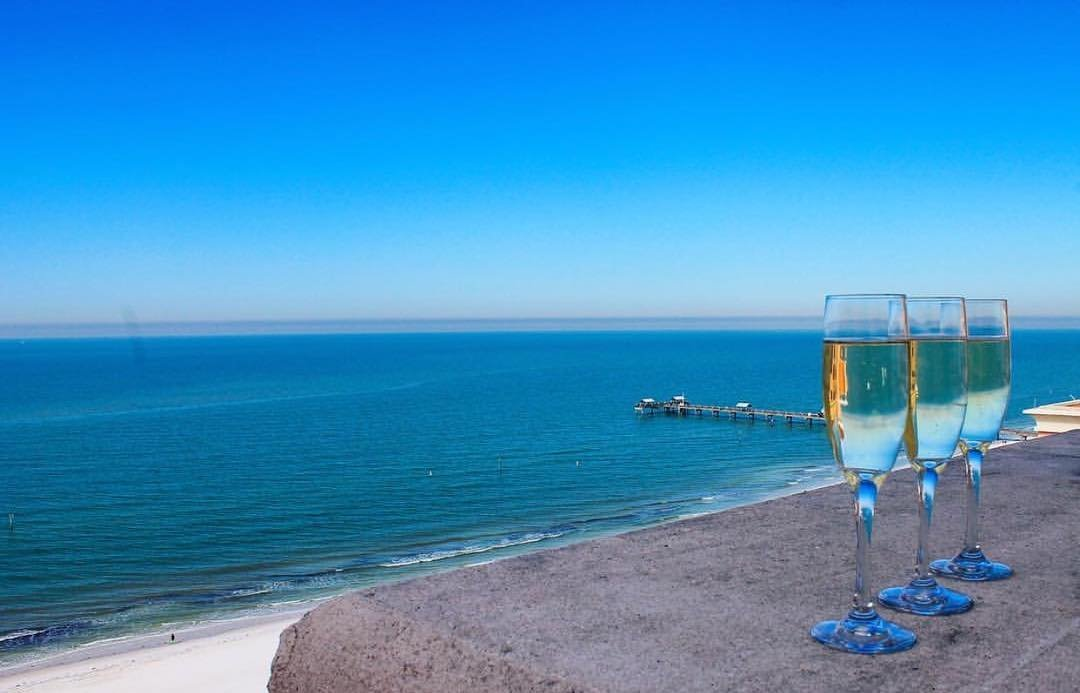 Cheers to the sun, sand and a drink in my hand! #hyattclearwater 📸 @shaleesishots