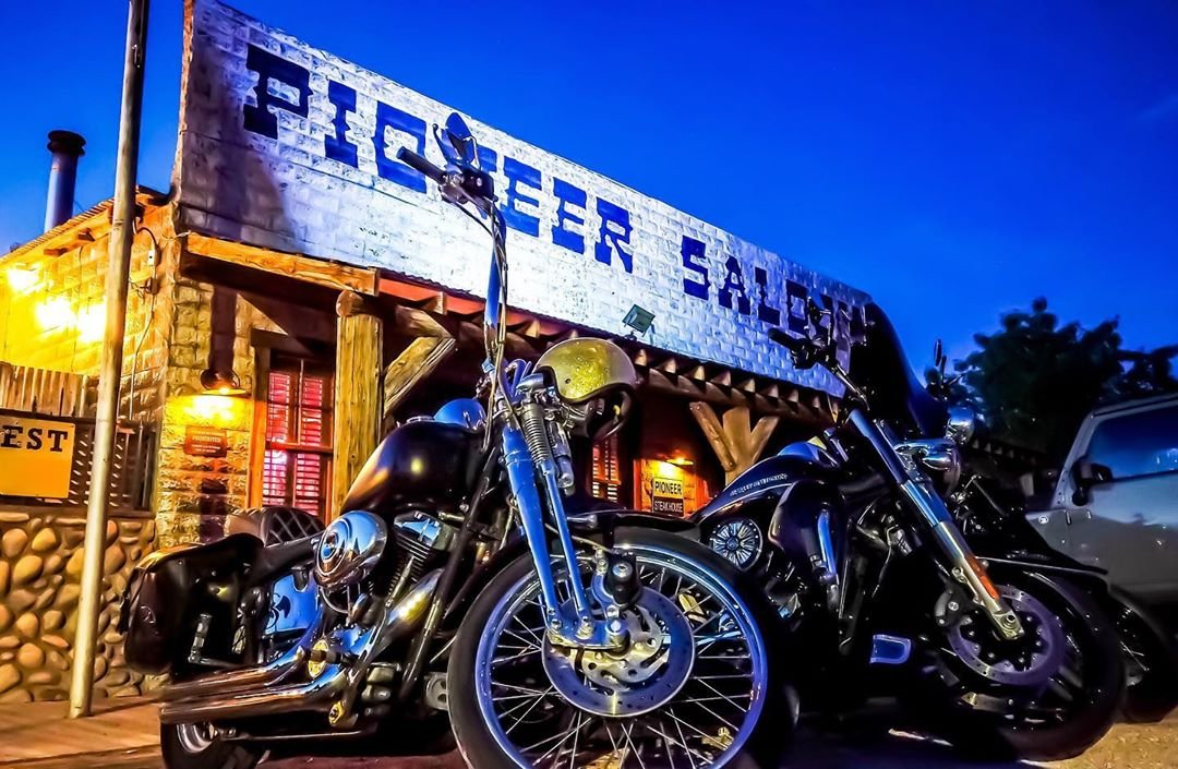 Some horses tied up out front! pioneersaloonnevada tommycantina travelnevada travelchannel vegas lasvegasweekly vegascom nvfilmoffice usatodaytravel #bikes #biker #harleydavidson pic by gettyphotographer gettyimages