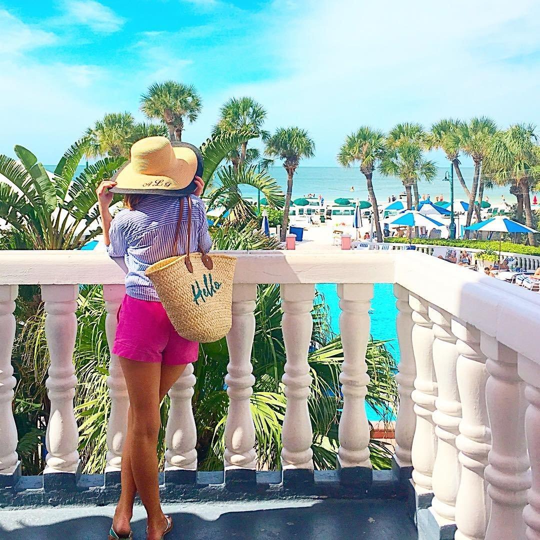 🌴☀️🌊hotel with a view🌴🌊☀️ #tbt #doncesar #stpetebeach #stpetersburgflorida #sunshinestate #beachhotel #pool #beach