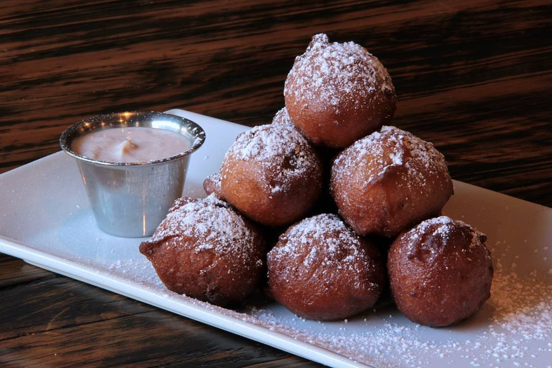 An Apple🍎 Fritter a day keeps the doctor away, or the saying goes. Unfortunately we only serve ours at brunch, so you'll have to load up for the week!!!😀🤣😀🤣😀Join us for our fabulous brunch menu served until 4pm today. #wecantwaittofeedyou Check out our website for the latest menus/hours/locations. Photo Credit @deannasarene #stpetersburgflorida #stpeteflorida #stpete #stpetefoodies #stpetefoodie #dtsp #dtspeats #mydtsp #ilovetheburg #ilovestpetebeach #ilovestpete #sunshinecity #tampaeats #eatstpete #stpeteeats #tampabayeats #instaburg #brandon #brandoneats  #eatlocal #food #foodie  #stpetefoodeats #tampabay #vibestpete #tampabaynow #thesunshineshere