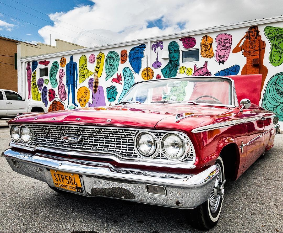 Loved the mural by @goodandshiddy but may have loved the car just a little more :) Part of @shineonstpete mural festival . . . . . #stpetersburg #instaburg #igersstpete #ilovestpete #stpete #iheartstpete #stpetian #vspc #ilovetheburg #florida #lovefl #liveamplified #welivehere #sunshineshere #shineonstpete #cars #classiccar #ford #iphone7 #iphone7plus #iphonography #mobilephotography #shotoniphone #mural #wallart
