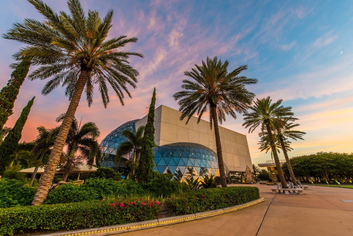 Can you guess how many triangular pieces of glass make up the glass bubble called 'The Enigma' on The Dali Museum?!   One winner gets two tickets to The Dali.  And... go!   #LiveAmplified #TuesdayTrivia