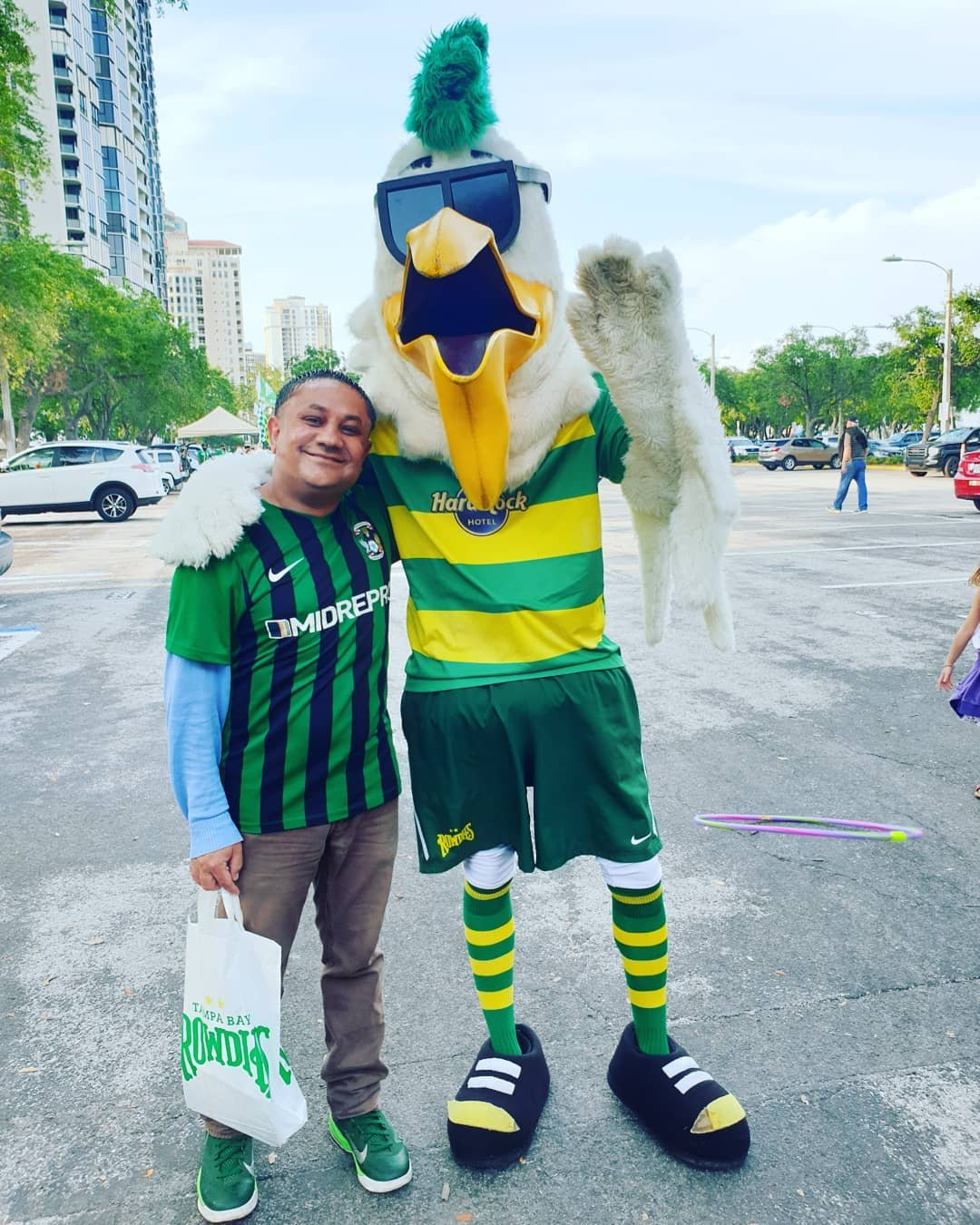 I'm with Tampa Bay Rowdies FC's very own mascot and he's flown in from......... St Petersburg. It's Pete The Pelican! 🌞⚽️🏐🥅 Here at Al Lang Stadium in St Petersburg, Florida, United States Of America.  tampabayrowdies #RowdiesPete #PeteThePelican  #TampaBayRowdies #RowdiesSoccer #USLchampionship #USL #Football #Soccer #RalphsMob #COYR #TBR #AlLangStadium #TampaBay #Rowdies #TogetherRowdies #HardRockTampa #StPetersburg #StPetersburgFlorida #SunshineCity #Florida #StPete #VisitStPete #FloridasSunshineCity #StPeteFL #AlwaysInSeason #SunShinesHere