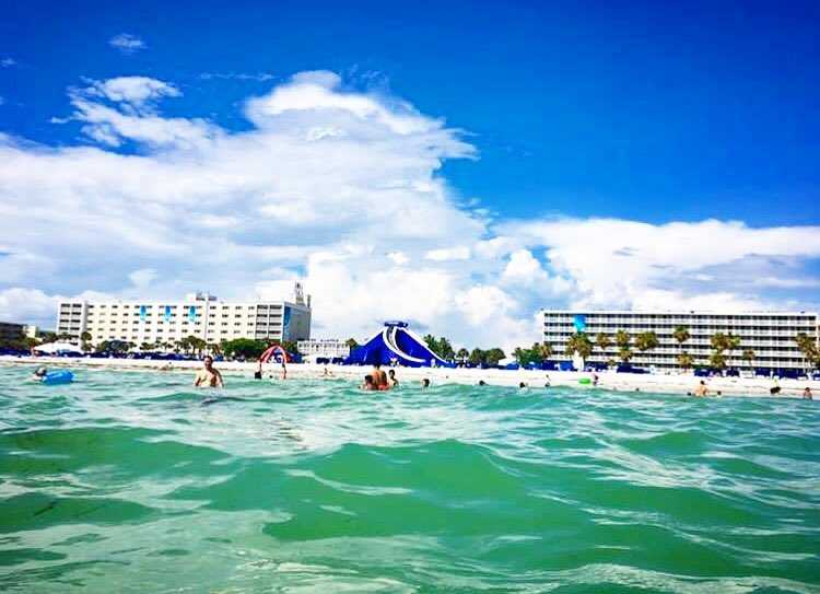 Floatin' through Monday like... (📸: @jamieabrobinson13 ) . . . . #justletgo #twresorts #liveamplified #lovefl #florida #stpetebeach #stpete #vacation #gulfofmexico #igers #travel #picoftheday #thebeachtoday #fl #☀️ #😎 #igersstpete #instagood #instagramflorida #flstateofmind #roamflorida #travel #travelpics #ilovetheburg
