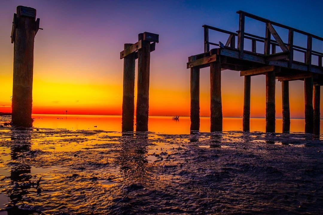 A bridge to erehwon...(nowhere) Bay Vista pier still under repair..this morning had a much different vibe then the day before... #seascapephotography #sunrise_sunsets_aroundworld #bluehour #cleargram#vibestpete #exploreflorida #floridalife #veteranartist #ptsd #arttherapy #liveamplified #saintpetersburgfl #stpeteart #stpeteparks #longexposure_shots #tampabay #floridaartist #fujifilm_xseries #haidafilter #haidausa #seascape