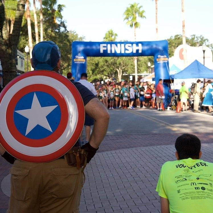 The hero we need. Found a superhero theme race while looking for those sunrise vibes this AM! The 5k was to support kids in foster care in Pinellas and Pasco. ❤️🙌