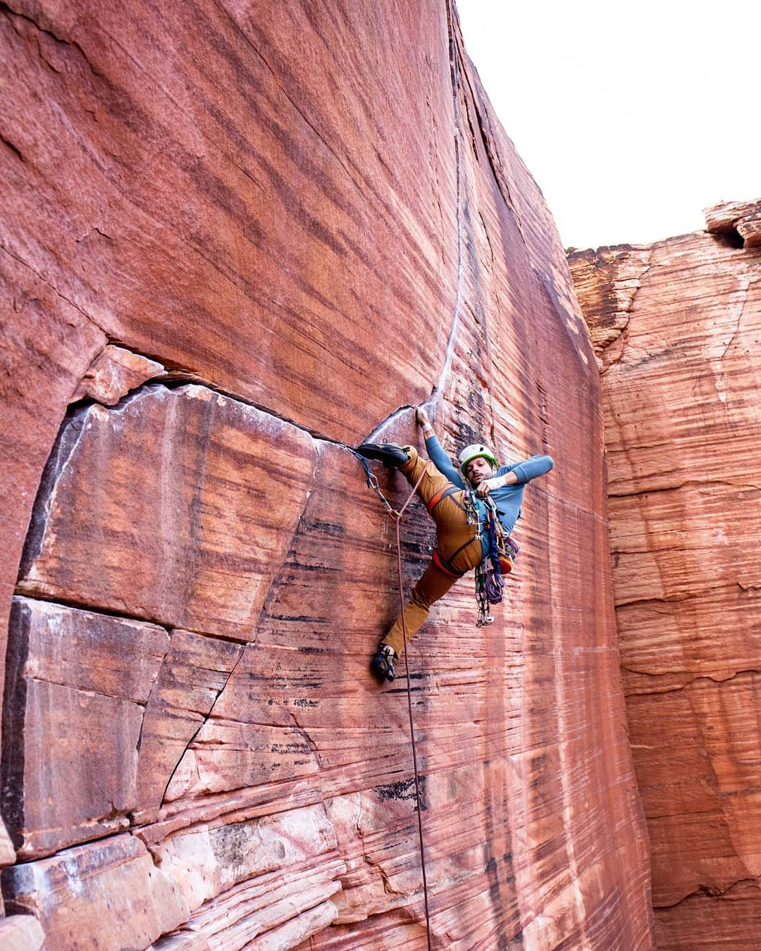 Finding the right piece.  lesinskiadam on Yin and Yang, 11a. . .  #climbingphotography#climbing#climbing_pictures_of_instagram#rockclimbing#outdoors#PlanetGranite #livetoclimb #c_l_i_m_b #climb #timetoclimb#goclimb#aacgram #neverstopexploring #liveclimbrepeat #outdoorphotography #explorenevada #climbing_is_my_passion #getoutdoors #climber #climbing_worldwide #rei1440project #climbing_goals #climbon #climbingprojects #tradisrad #touchstoneclimbing #CanIFocus2019 #climbinglife #rockandice #climbingisbliss