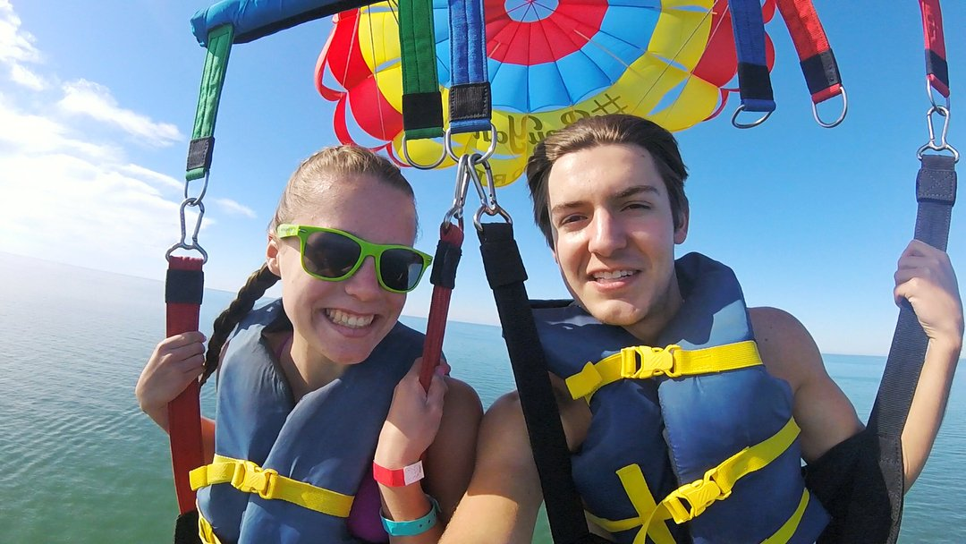 Went parasailing with my beautiful girl today😍