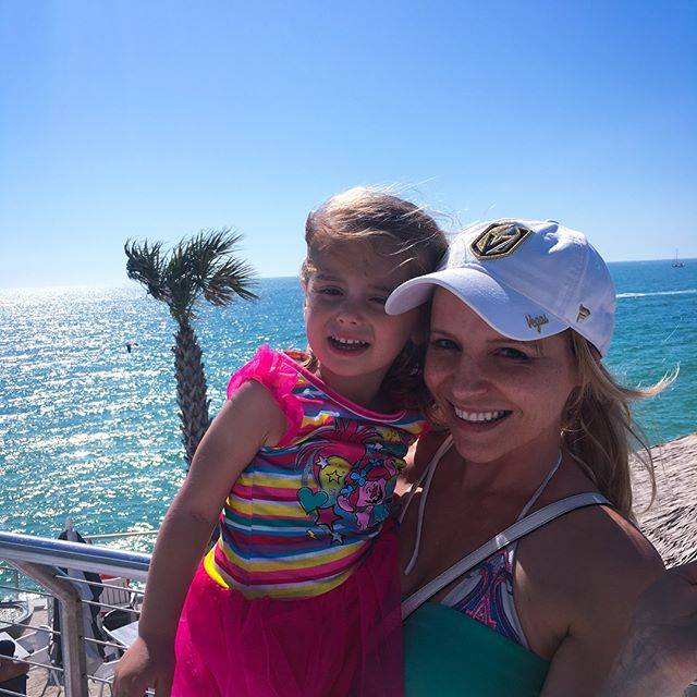 Life is better by the beach 🏝 #clearwaterbeach #floridalife #family