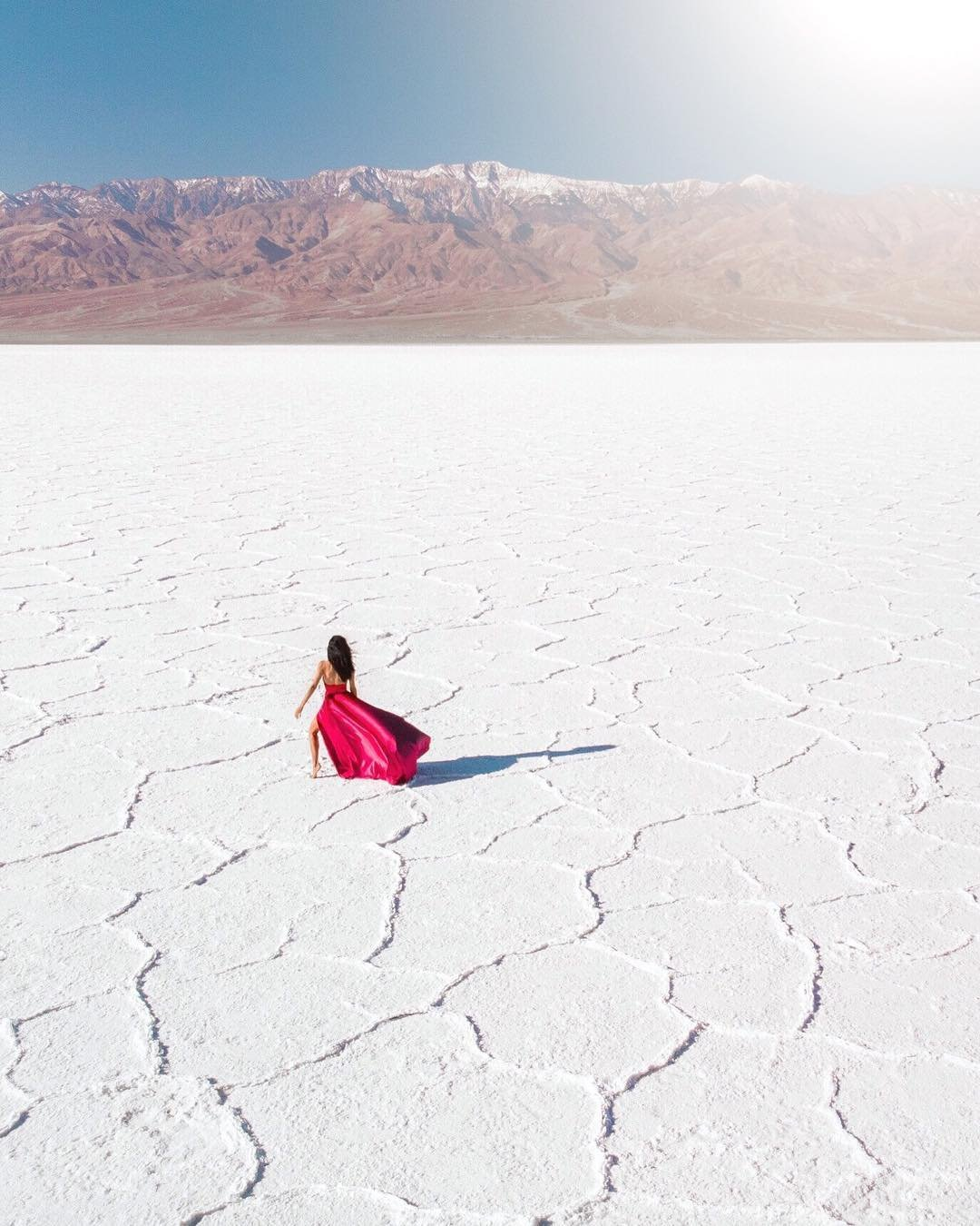 Like a dream ❤️ Prior to this trip, I imagined these images in my head for weeks. When we finally arrived in Death Valley, I ran off with my drone to play with the composition, light and my dress. All the elements came together perfectly and these are the results. Like a dream that came to life ✨ #nomadicfareinnevada