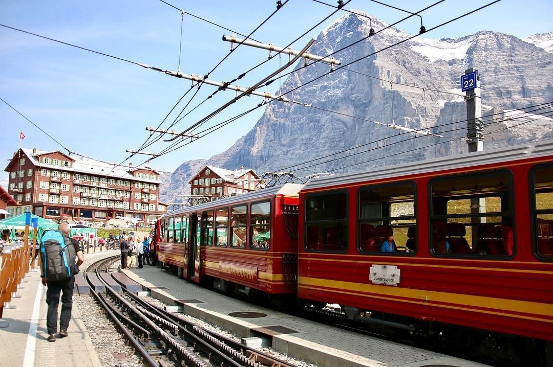 Kleine Scheidegg railway station