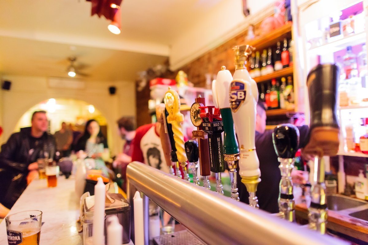 Hamilton's Bar Scene - Where to find the best drinks - Tourism ...