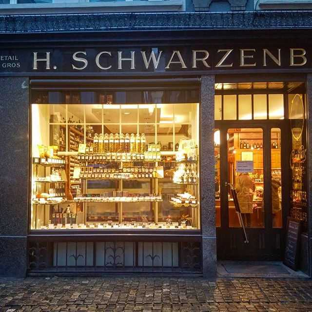 Schwarzenbach Café