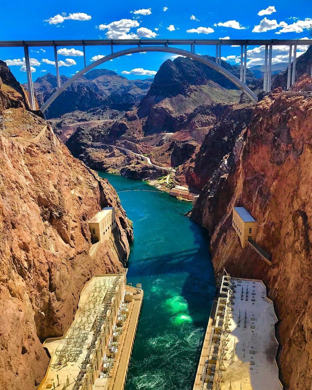 Hot Dam! ^^^^^^^^^^^^^^^^^^^^^^^^^^^^^^^^^^^^^^^^^^^^^^^^^^^^ #hooverdam #hoover #dam #nevada #ohdam #bridge #blueskies #coloradoriver #lakemead #canyons #explore #escape #adventure #travel #wander #wanderlust #wow #america #west #gowest #explorenevada #visitnevada #mountains #western #wonderfulworld #amazed