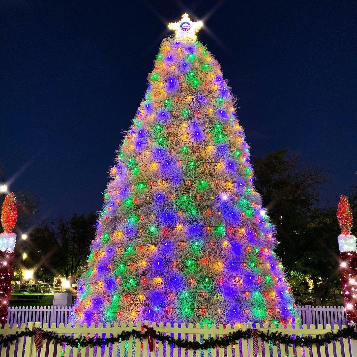 Christmas Events Gilbert 2021 Holiday Events In Phoenix Zoolights Glendale Glitters
