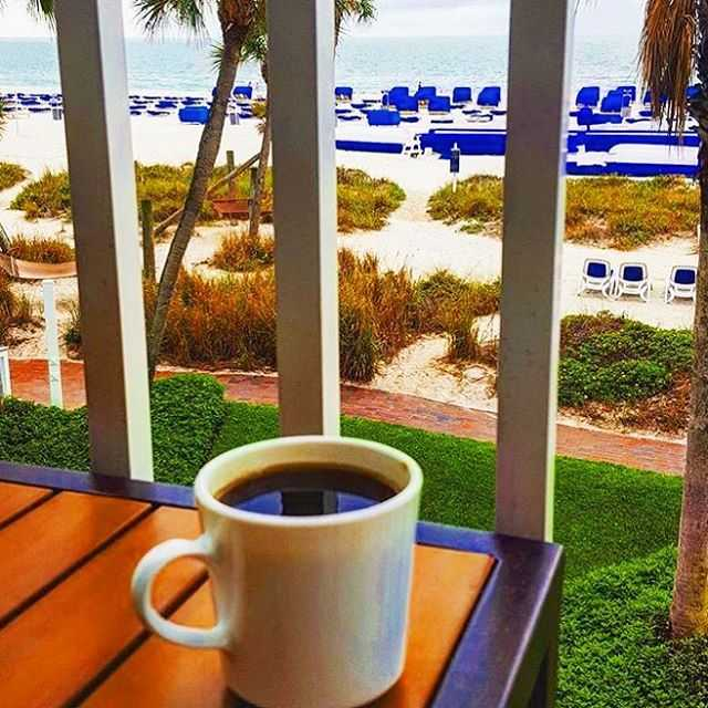 The absolute best way to start your morning, bottoms up @lil_dani08 ! . . . #twresorts #justletgo #liveamplified #lovefl #vacation #stpetebeach #igers #travel #picoftheday #mytwmemories #thebeachtoday #florida #florida #☀️ #😎 #igersstpete #instagood #instagramflorida #flstateofmind #roamflorida #travel #travelpics