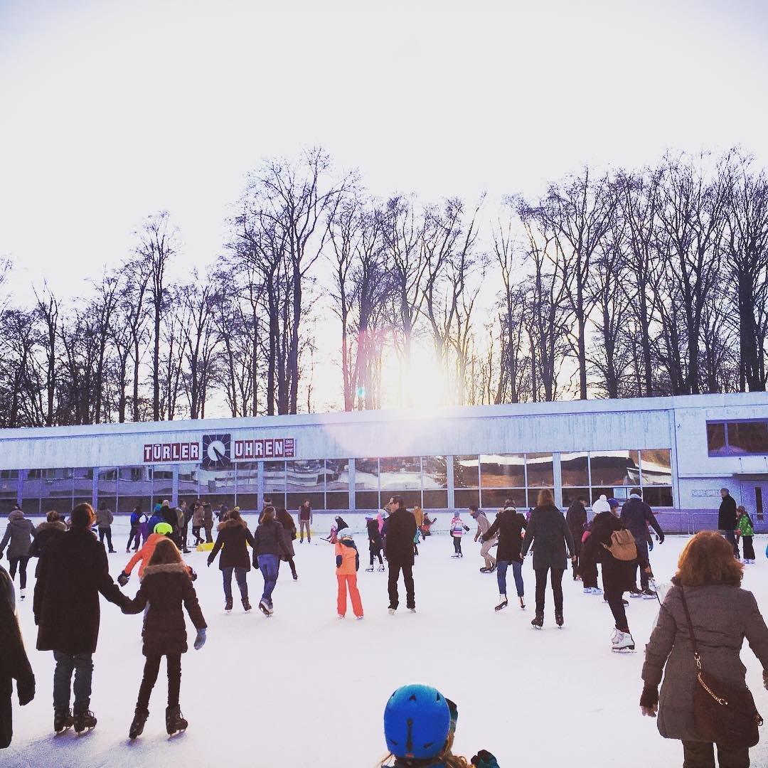 Dolder Kunsteisbahn und Bad