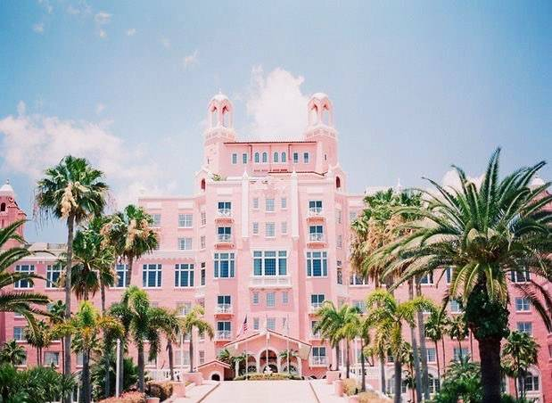 Can we live here? 😍💕 #BarbieLevel #VacationGoals #TrouFit