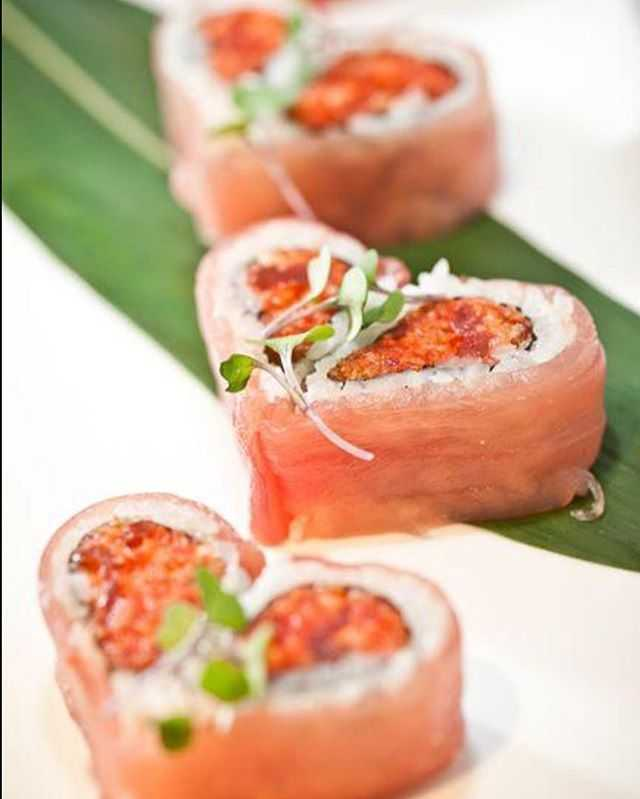 Take your Valentine for #Movienight @rollbotto! Every Tuesday show us your @AMCTheatres stub and receive 10% off your order. #sushi #rollbotto #dtsp #downtownstpete #stpete #tampabaytimes #vspc #igerstpete #stpeteeats #iheartstpete #beer #sake #ilovetheburg #theburg #instaburg #liveamplified #ilovedtsp #ilovestpete #stpetian #getelevated #stpetersburgfoodies #stpetefoodies #usfsp #gousfsp #bullsintheburg #eckerd #eckerdlife