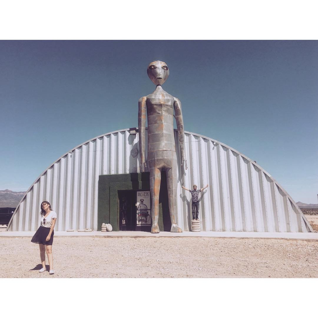 👽👽👽 ALIEN RESEARCH CENTER 👽👽👽 #area51 #nevada375 #extraterrestrialHighway #EThighway #alienresearchcenter #ovnis #ufos #SearchingForET #roadtripusa #usaroadtrip #quirkyAmerica