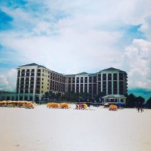 #SandPearlResort at #ClearwaterBeachFlorida . View from the water 🌴🐠🌴