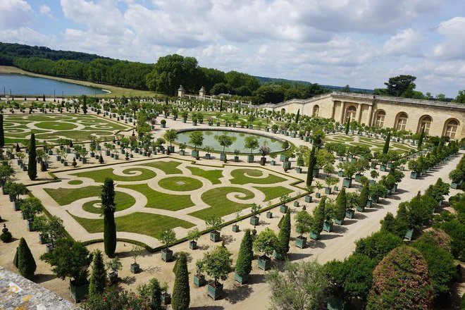Flowers & Gardens Of France Tours