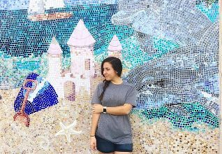 if you find a pretty wall, don't pass up opportunities to take photos 📸 > > > #wallart #wallmural #mosaic #ocean #beach #stpetersburg #stpetebeach #tampa #instadaily #igdaily #igers #travelphotography #iphonephotography #portrait #wanderlust #igersoftheday #instagood #instalike #applewatch #photography #photooftheday #edits #love #adventureisoutthere #adventure #bikelife #outdoors #travel