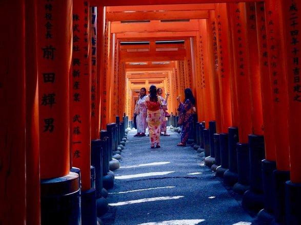 Fushimi Inari Shrine Tours