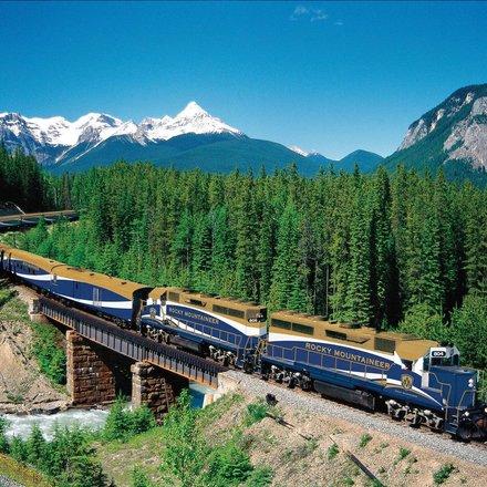 Rocky Mountaineer Railway Journey Tours