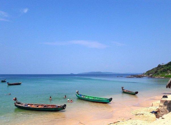 Vietnam Beach Tours