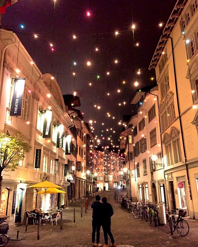 Zürich Weihnachtsbeleuchtung.Display Crowdriff Image Gallery Zuerich Com