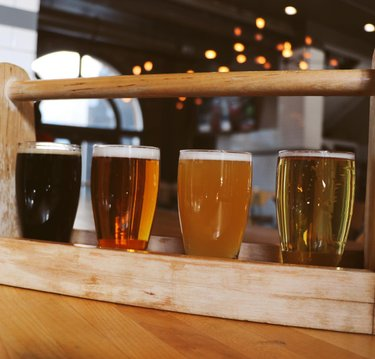 With such a variety of drafts - Why wouldn't you want to grab a beer flight? 🍻 Open until 9!