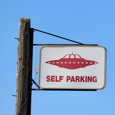 All are welcome in the hamlet of Rachel Nevada. #rachelnevada #parking #parkingsign #nevada #townofrachel #alienparking #unusual #ethighway #alientech #valet #drive #driving #drivingadventures