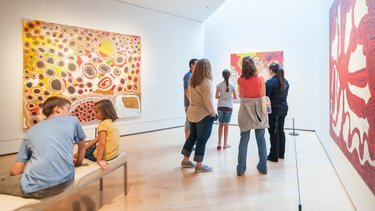 Have you ever wondered what you're looking at in the galleries? Well, guided tours can help! Starting this month, the Museum has launched a new Public Tours schedule, including brand new offerings. . Guided Gallery Tours Thursday – Sunday | 1:30 pm  Curious Kids Family Tour Third Saturdays | 10:30 am  Gallery Conversations in Spanish Third Sundays | 2:30 pm . Registration recommended. FREE with admission. . #NevadaArt #MuseumTours #NevadaArtTours