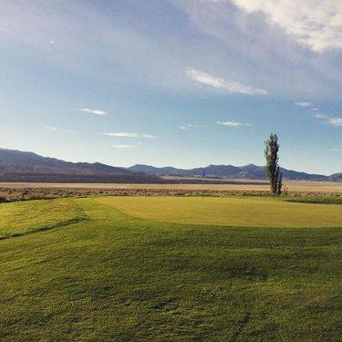 Muni Monday's - North bound for the Summer. Round Mountain Golf Club. The longest 9-hole course in the State. #NevadaGolf #RoundMountain . . . . . . . . . . . #Golf #GolfLife #EnjoyTheChase #TheGolfstagram #GolfAddict #GolfCourses #GolfCourse #InstaGolf #GolfDay #GolfWRX #GolfIsLife #HighDesert #HighDesertLife #WhyILoveThisGame #GolfGram #HomeMeansNevada #VisitNevada #NaturalNevada #RuralNevada #TravelNevada #OnlyInNV #Parnography #Golfing #MuniGolf #PlayOrPerish #RoundMountainNV