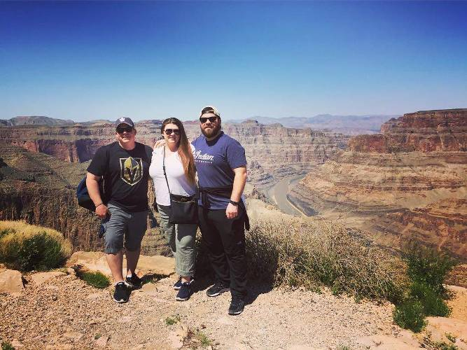 Life should be an adventure.... #seetheworld #travel #adventure #grandcanyon #westrim #pinkjeeptours #arizona @toddcotie @globetrottingselfieguy