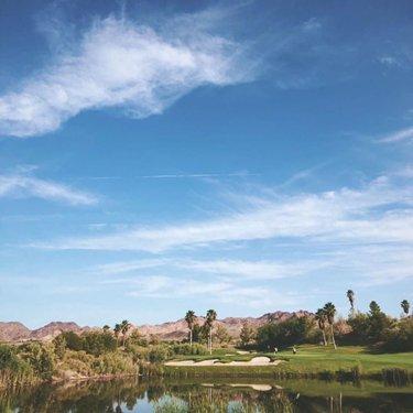Boulder Creek. Among the many @hittingreens gems on IG. You should be following them. #NevadaGolf #BoulderCreek . . . . . . . . . . . #Golf #GolfLife #VegasGolf #LasVegasGolf #Vegas #VegasBaby #VegasStrip #LasVegas #TheGolfstagram #GolfAddict #GolfCourses #WhyILoveThisGame #GolfGram #HomeMeansNevada #TravelNevada #OnlyInNV #Golfing #Parnography #PlayOrPerish #DesertGolf #GolfWRX #MyNevada