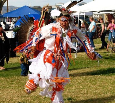 Who's up for a powwow? Celebrate Native American culture on Nov. 22-24 at the annual Pahrump Social Powwow. It's free for all ages. Experience colorful dancers in elaborate Native American regalia with dozens of craft booths, perfect for some early holiday shopping. For more info, call 775-209-3444.  #nevadasilvertrails #nst #tribalculture