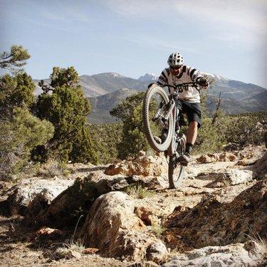 What do you get when you combine Wheeler and Ely? #RideElyNV #wheeliewednesday #mtb #singletrack #mountainbikes #mountainbiker #bikes #howtonevada #sendit #rideordie #traillife #nvroadtrip #beatyesterday mtbenthusiastsofutah mtb_stan_lee renotrails musclepowered carsonvalleytrailsassociation