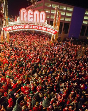 Ho! Ho! Ho! 🎅🏻 The Reno Santa Pub Crawl is tonight! It's the largest Santa Pub Crawl in the country as thousands of merry-makers descend upon downtown to enjoy good spirits & yule-tide cheer! renosantapubcrawl 📸: geodes_