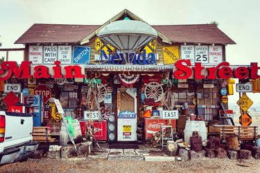 #mainstreet, side streets, upside down in the ground… we love Goldfield! #highway95 #hwy95 #roadtrip #quirky #travelnevada photo: halatious