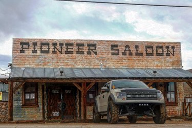 The Pioneer Saloon, built in 1913, it is one of the oldest and currently operating drinking establishments in Nevada (over 100 years). Definitely a lot of history here from shoot outs (bullet holes still in its walls), movie features, and Hollywood deaths. Not to mention they serve a really mean ghost burger... • • • • • • • • • #vegas #lasvegas #lasvegasstrip #travelnevada #explorenevada #pioneersaloon #nevada #gen1raptor #prerunner #nevadadesert #gen2raptor #f150 #raptors #fordraptor #ford #fordraptorsvt #trucks #raptoraddiction #vegasstronger #socialdistancing #trophytruck #offroad #4x4 #4x4offroad #vegasstrong #raptorsofinstagram