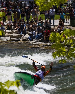 A paddle boarder crashes at the 2019 Reno River festival. Heavy snow melt made for a very high flow Truckee River. . . . . . .  #reno #renotahoe #thisisreno #renoriverfestival @renoriverfestival #truckeeriver #sportsphotography #canon #sigma #paddleboarding #whitewaterrafting